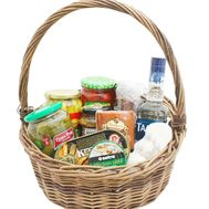 Food basket for gift - flowers and bouquets on salonroz.com