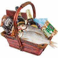 Men''s gift basket with fish and beer - flowers and bouquets on salonroz.com