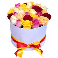 Box of multi-colored roses - flowers and bouquets on salonroz.com