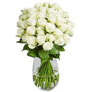 A charming bouquet of white roses - flowers and bouquets on salonroz.com