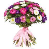 Шикарный букет из 51 астры - цветы и букеты на salonroz.com