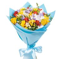 Magnificent bouquet of freesias - flowers and bouquets on salonroz.com