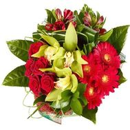 Bouquet of flowers for a guy or a man - flowers and bouquets on salonroz.com