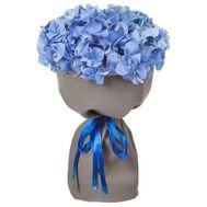 Голубые гортензии в букете - цветы и букеты на salonroz.com