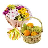 Fruit basket with bouquet - flowers and bouquets on salonroz.com