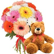 Bear with a bouquet - flowers and bouquets on salonroz.com
