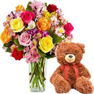 Bear with flowers - flowers and bouquets on salonroz.com