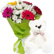 Bear with bouquet - flowers and bouquets on salonroz.com