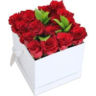15 red roses in a square box - flowers and bouquets on salonroz.com