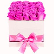 25 pink roses in a square box - flowers and bouquets on salonroz.com
