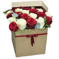 31 roses in a square box - flowers and bouquets on salonroz.com