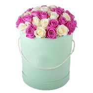 Round hat box with 41 roses - flowers and bouquets on salonroz.com