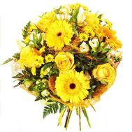 Желтый букет цветов - цветы и букеты на salonroz.com