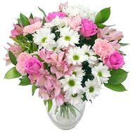 Delicate bouquet for romantic girls - flowers and bouquets on salonroz.com