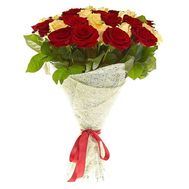 Bouquet of 25 white and red roses - flowers and bouquets on salonroz.com
