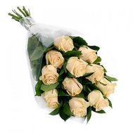 Букет із 11 кремових троянд - цветы и букеты на salonroz.com