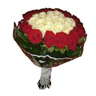 Bouquet of 33 roses - flowers and bouquets on salonroz.com