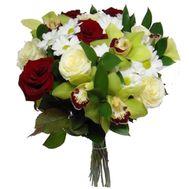 Букет из 5 орхидей, 3 хризантем и 9 роз - цветы и букеты на salonroz.com
