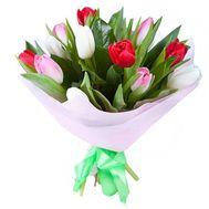 Букет із 13 різнокольорових тюльпанів - цветы и букеты на salonroz.com