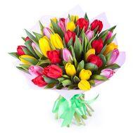 Букет із 37 різнокольорових тюльпанів - цветы и букеты на salonroz.com