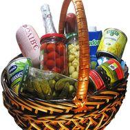 Подарочная продуктовая корзина - цветы и букеты на salonroz.com