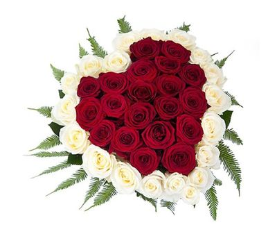 """""""Heart of 39 red and white roses"""" in the online flower shop salonroz.com"""