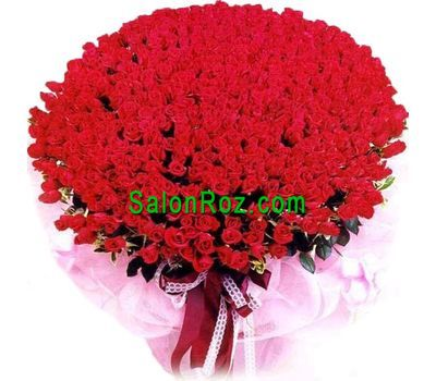 """Bouquet of 1001 red roses"" in the online flower shop salonroz.com"