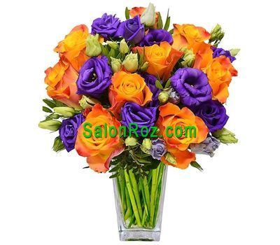 """""""Bright bouquet of roses and eustomas"""" in the online flower shop salonroz.com"""