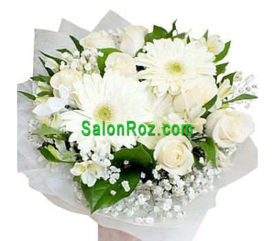 """""""Bouquet of flowers of 7 roses, 3 gerberas, 5 alstromeries and gipsofily"""" in the online flower shop salonroz.com"""