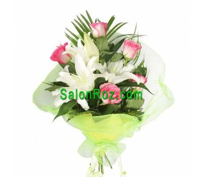 """Bouquet of flowers from 1 lilies and 5 roses"" in the online flower shop salonroz.com"