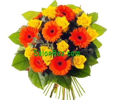 """Bouquet of flowers from 10 roses and 7 gerberas"" in the online flower shop salonroz.com"