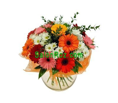 """Bouquet of flowers from 9 gerberas and 6 chrysanthemums"" in the online flower shop salonroz.com"