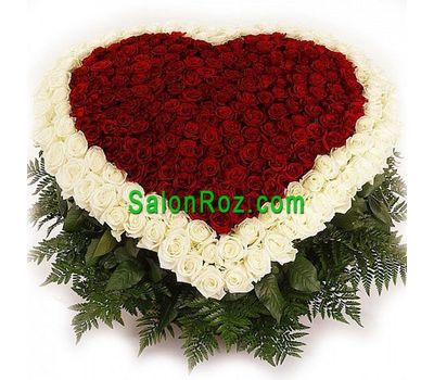 """Heart of 351 roses"" in the online flower shop salonroz.com"